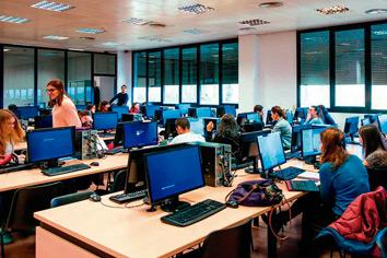 Gimbernat - Activitat acadèmica